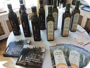 Proditto azienda de lorenzo olio tesoridelsole lametia dop